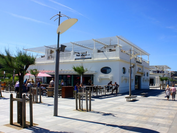 Restaurant bars snack anglet chambre d 39 amour for Restaurant chambre d amour anglet